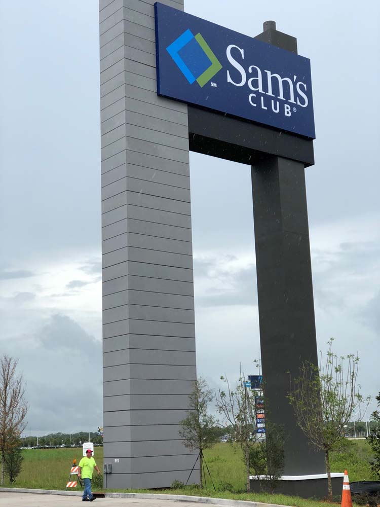 Sams Club Pole Sign