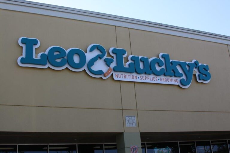 Use Building Signage To Advertise Your Business