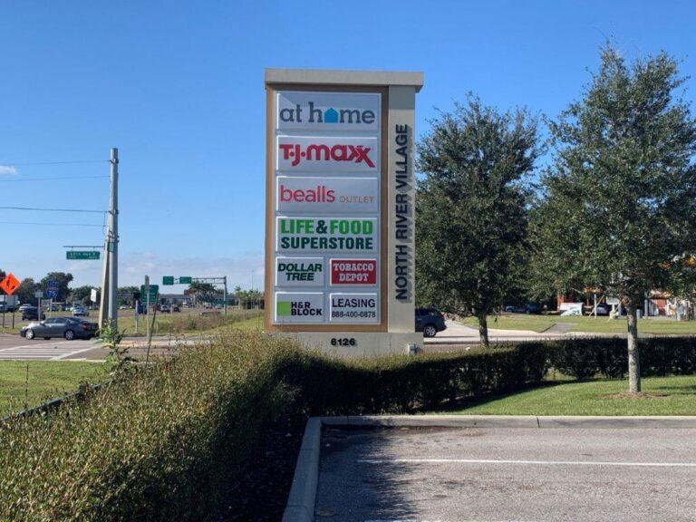 PYLON SIGNS IN FLORIDA