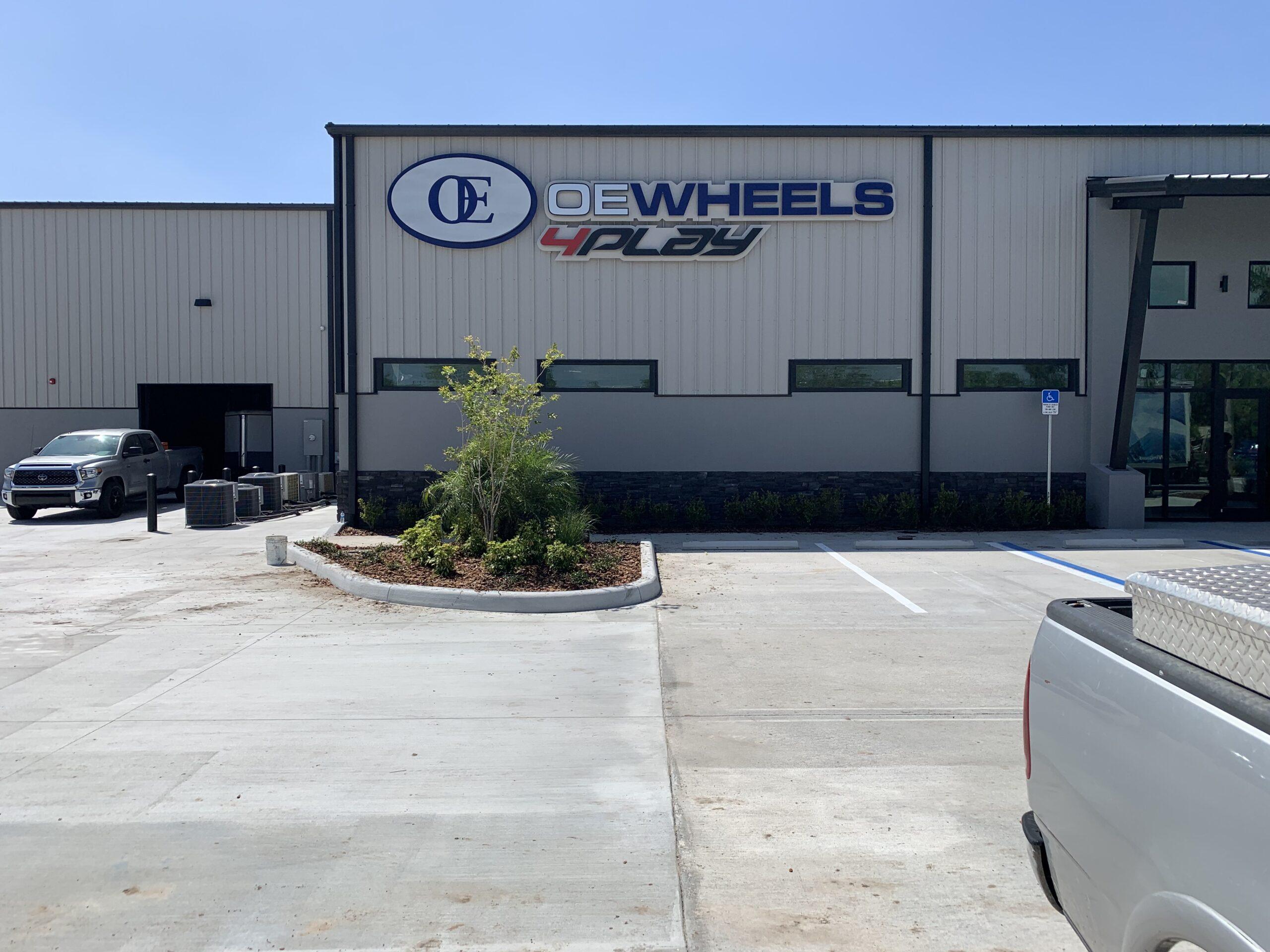 OE Wheels of Sarasota outside reverse channel letter sign