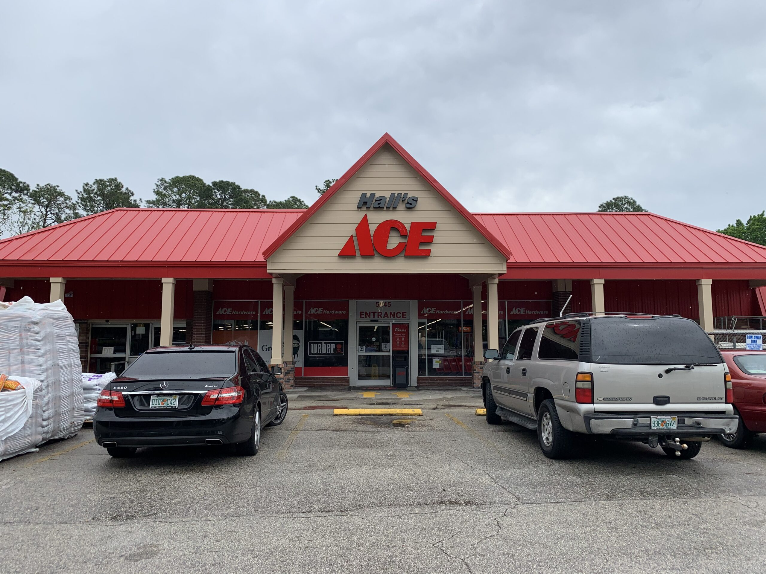 Hall's Ace Hardware Jacksonville - Front Illuminated Channel Letter Signs